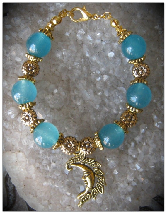 Beautiful Handmade Gold Bracelet with Blue Topaz