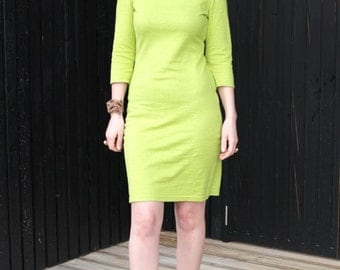 Green 3/4 sleeve dress