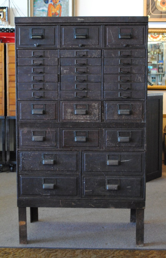 Unavailable listing on etsy - Armoire metallique vintage ...