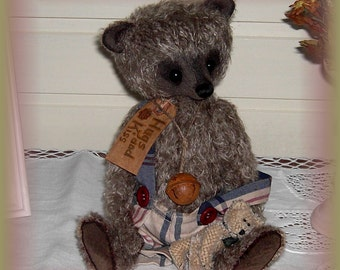 Old Style Bear Harlow including Pattern for trousers/ Pattern 32cm