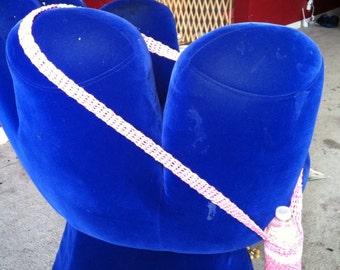 Over the shoulder water bottle holder (pink breast cancer yarn), bottle carrier, hiking accessory