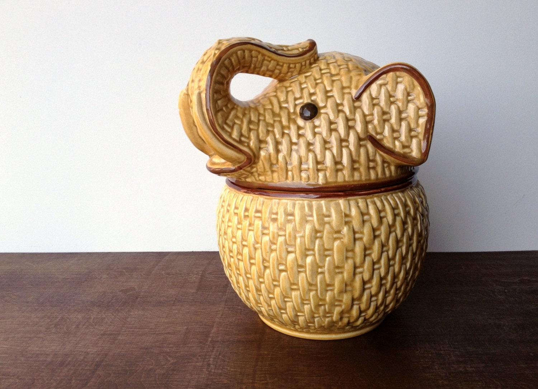 Vintage elephant cookie jar basketweave bamboo pattern with - Vintage elephant cookie jar ...