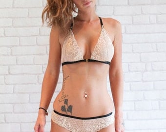 Hannah Lace Triangle Bra