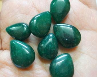 Ropada Stone Beads - Tear drop beads - Emerald Green - 20 pcs