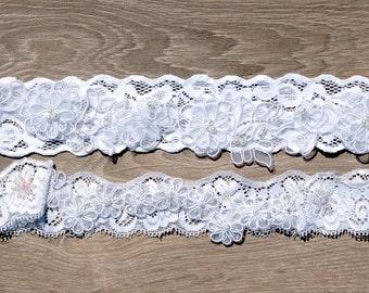 Vintage Style Wedding Garter Set in Ivory Floral Lace with Flower Applique, Bridal Toss Garter
