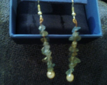 One of a kind artisan jewelry peices. Agate and pearl dangle earrings.