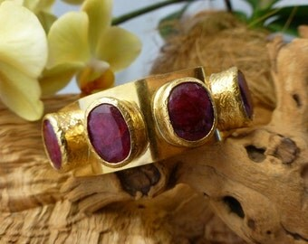 Brass and Ruby nest CUFF