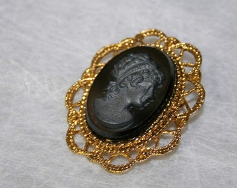 Large Black Cameo Pin Brooch Czechoslovakia 60's Vintage