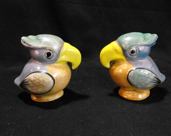 Lusterware Parrot Salt and Pepper Shakers
