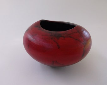 I am OUT OF COUNTRY until  August. Nothing shipped until August.  Horse Hair Raku by Nolan Windholtz