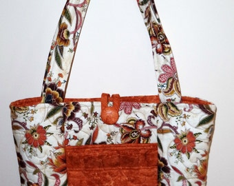 Rust and Cream Paisley Design Quilted Purse