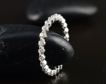 Single Shared Prong Diamond Eternity Band in 14k White Gold, 0.87ctw, 2.2mm Wide, Bubble Ring, Infinity Band, Brooke E