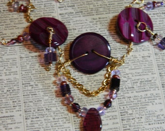 Button Necklace - Beautiful Vintage Purple Button and Bead Necklace