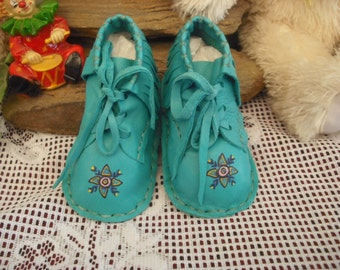 Baby shoes MODEL MB19 First Nation of Canada