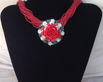 Necklace with red rose