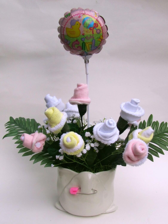 Baby shower diaper centerpiece flower