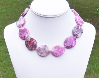 Mailey - Chunky 30mm Round Pink Crazy Lace Agate Wavy Coin Gemstone Beaded Necklace - GORGEOUS