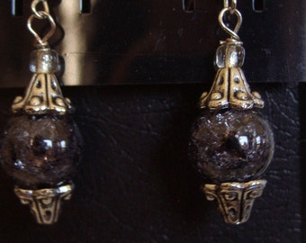 Black and Silver Dangling Earring.