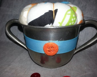 SALE!!  Pincushion in a vintage pewter two handled cup-retro-vintage-handmade-unique