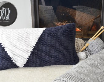 Handmade knitted pillow white and navy blue
