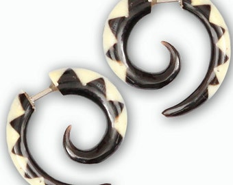 Nara Fake Gauge Earrings - Faux Gauge Earrings - Fake Ear Gauge - Fake Ear Stretcher - Fake Piercing - Split Earrings - Gauge Jewelry