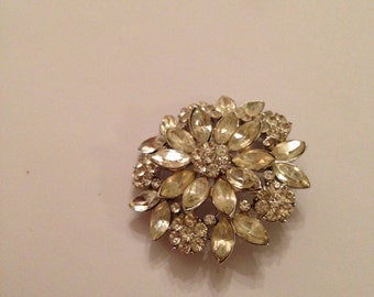 Vintage Crown Trifari rhinestone pin