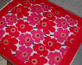 Mini Unikko unfinished scarf panel, red, so beautiful! Finland, designer fabric