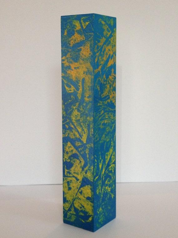 vase en bois jaune orange dor bleu objets d co par objetsdeco. Black Bedroom Furniture Sets. Home Design Ideas