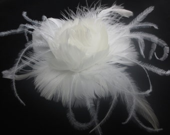 Womens Wedding Party Ivory Feather Hair Clip, Bridal Head Piece