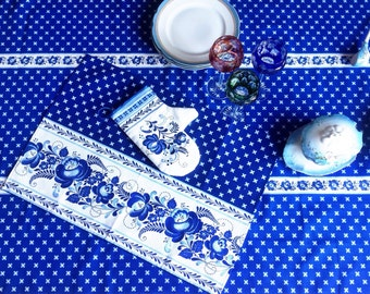 Lovely kitchen set of 4: tablecloth,towel,apron,kitchen glove//Russian high quality cotton hopsack//gzhel inspired