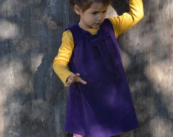 Girls corduroy dress with loop