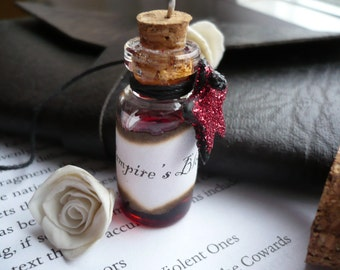 "Little Gothic Bottle Pendant ""Vampire's Blood"" with a Red Glitter Star"