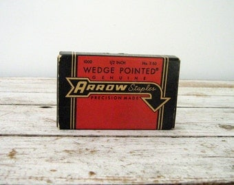 Vintage Arrow T-50 Staples Box with Wonderful Graphics (and a few staples!)