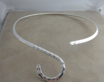 2 silver plated hammered neckwire add a pendant