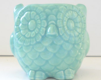 Owl Planter Ceramic Mini Owl Desk Planter Vintage Design in Aqua Blue Teacher Gift Succulent Pot or Sponge Holder