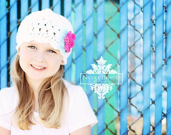 Girls White Flapper Winter Hat 2T-4T, Kids Winter Hat, Childrens White Hat, Crochet Hat with Flowers, Girls Winter Hat, Winter Hat for Girls