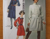 VIntage 70s women's dress sewing pattern. Simplicity 8957. Size 12. 0357
