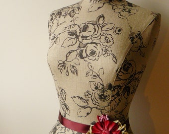 Home Living Floral Mannequin Dress Form Display - Phoebe