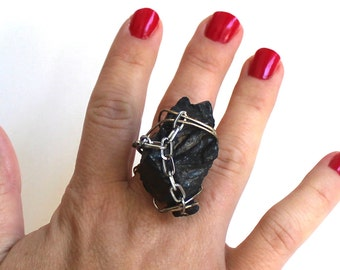 Chunk of Earth Ring that Rocks size 7