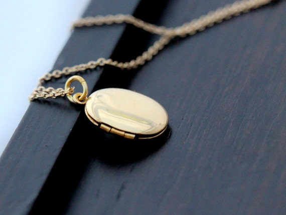 Gold Locket Necklace, Gold Filled Oval Locket Pendant (Not Plated), Keepsake Jewelry