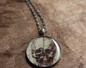 """da Vinci's """"View of a Scull"""" // Resin Pendant Necklace"""