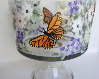 Trifle Bowl Monarch Butterfly and Flowers, Wedding Decor, Wedding Gift, Spring Wedding, Housewarming gift, Garden Party Bowl, Hand Painted