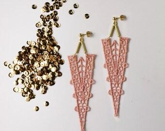 lace statement earrings // MYRNA // geometric earrings / pale pink and gold / wedding jewelry / bride / triangle earrings / long earrings