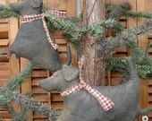 Lab Ornies. A Primitive Folk Art Holiday Pattern From Raven's Haven