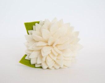 Dog Collar Flower - Ivory Dahlia
