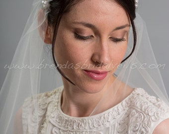 Rhinestone and Pearl Juliet Cap Veil, 1920s Inspired Bridal Veil, Wedding Cap Veil - Viola