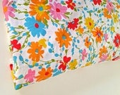 vintage bedding - fitted sheet - bright flowers - double size