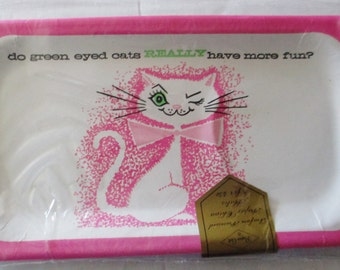 Vintage 1960s Paper Art Party Plates - Snack trays - Green Eyed Hot Pink Cat - NIP 8 count