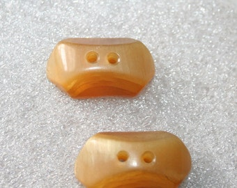 Vintage Horn Buttons Chunky Carved Butterscotch Blonde