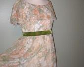 Vintage 60s Peach Sage Floral Maxi Dress /  Alternative Wedding Dress / Prom Dress / Bridesmaid Dress